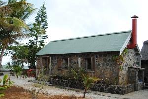 La Case du Pecheur Restaurant Mauritius - outside view